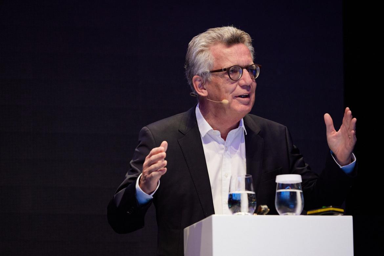 """Thomas de Maizière, Mitglied des Bundestages und Bundesminister a.D., bei seiner Keynote """"Warum braucht Deutschland nach der Wahl eine große Staatsreform?"""""""