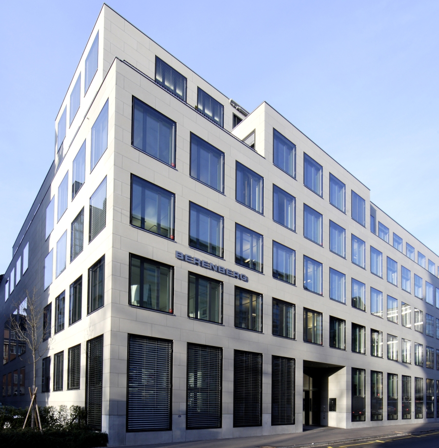 Investment banking trainee berenberg bank nidhi sharma economic times forex