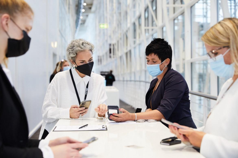 Vor Einlass gilt Nachweispflicht: Alle Gäste des 22. private banking kongress müssen einen Impf- oder Genesenennachweis nach dem 2G-Modell der Stadt Hamburg vorlegen.