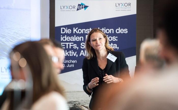 Heike Fürpaß-Peter, Geschäftsleiterin ETFs Deutschland und Österreich bei Lyxor ETF, eröffnet die Veranstaltung in München.