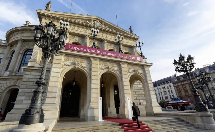 Die Alte Oper in Frankfurt ist nicht nur Schauspielhaus, sondern auch ein gern gewählter Konferenzort.