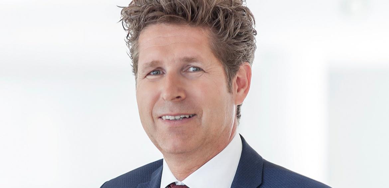 Gabriel von Canal ist Leiter Vertrieb und Generalbevollmächtigter der Augsburger Aktienbank.