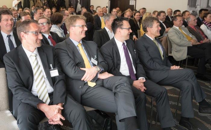 Gute Laune und volles Haus: das Publikum bei Rolf Schäffers Vortrag