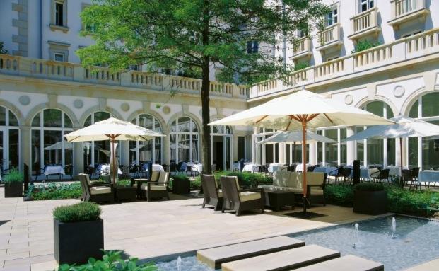 Innenhof der Villa Kennedy in Frankfurt am Main|© Rocco Forte Hotels