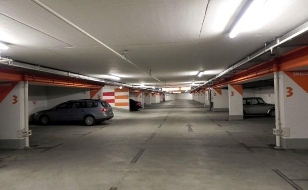 Immobilienstudie: Parkhaus schlägt Büro|© Andreas Morlok  / Pixelio.de