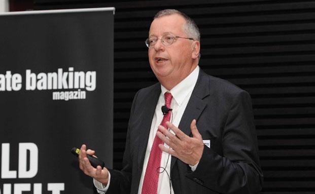 Prof. Dr. Dr. h.c. Martin Weber, Uni Mannheim hielt in München einen Vortrag zum Thema