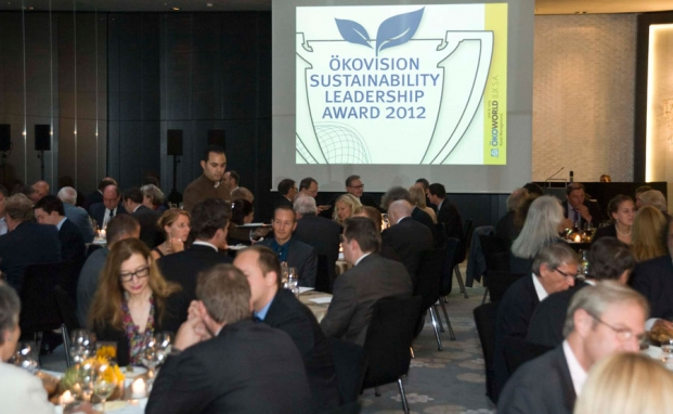 Rund 100 Gäste feierten im Hotel Hyatt Regency im Düsseldorfer Medienhafen die erste Verleihung der Ökovision Sustainability Leadership Awards. Das private banking magazin war exklusiver Medienpartner    | © Schumacher Fotografie