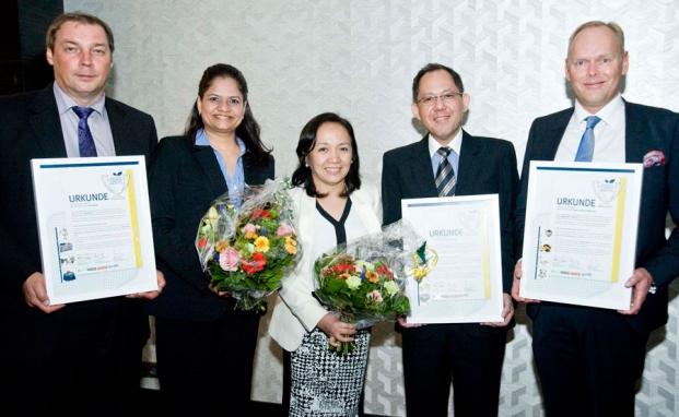 Die anwesenden Preisträger von Palfinger (links), Yes Bank, Manila Water und JM|© Schumacher Fotografie
