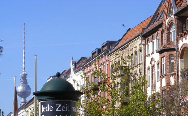 Wohnhäuser in Berlin: Institutionelle Investoren ändern ihre Asset Allocation und setzen verstärkt auf Immobilien