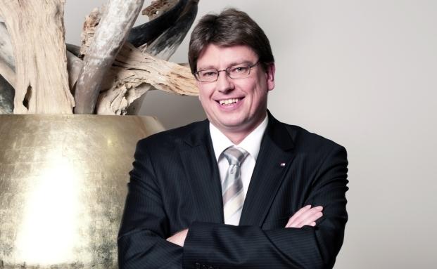 Walter Schwinghammer ist seit 2007 bei der Bank für Tirol und Vorarlberg AG (BTV) Vertriebsleiter für den Bereich Privatkunden in Deutschland