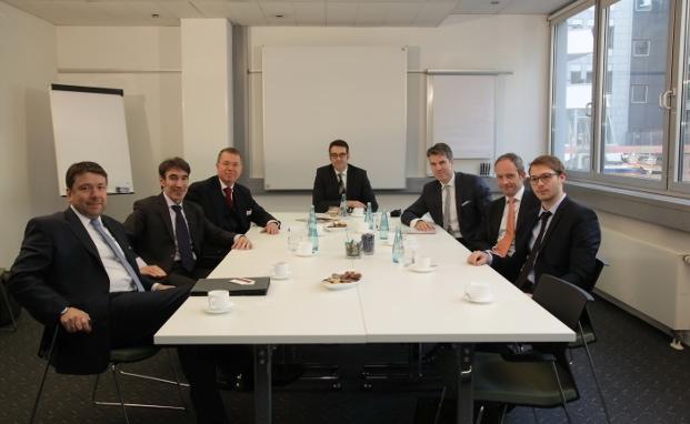 Klaus-Dieter Erdmann (MMD Multi Manager), Andreas Meißner (Andreas Meißner Vermögensmanagement), Ralf Borgsmüller (PSM Vermögensverwaltung), Markus Deselaers (private banking magazin), Christoph Benner (Chom Capital), Stefan Riße (HPM Hanseatische Portfoliomanagement), Nicolas Schmidlin (ProfitlichSchmidlin Rösrath) (v. l.)