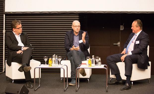 Malte Dreher, Chefredakteur vom private banking magazin, MLove-Gründer Harald Neidhardt und Asien-Experte Karl Pilny im Streitgespräch|© Christian Scholtysik / Patrick Hipp