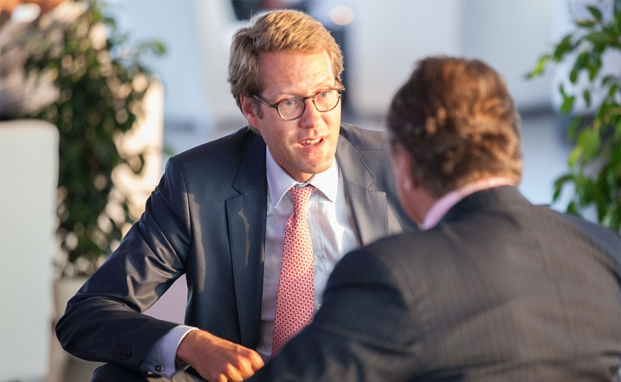 Carsten Teubel auf dem private banking kongress 2014 in Hamburg. | © Christian Scholtysik, Patrick Hipp