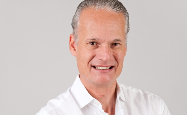 Andy Aeschbach war selbst lange Jahre im Private Banking tätig. 2013 gründete er die Beratungs- und Coaching-Firma Katana.
