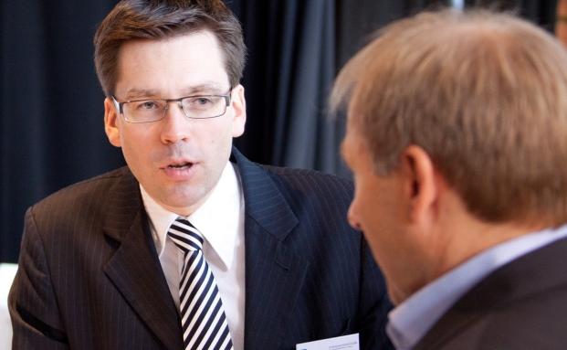 Markus Bertl (links) im Gespräch mit Thorsten Querg von Focam