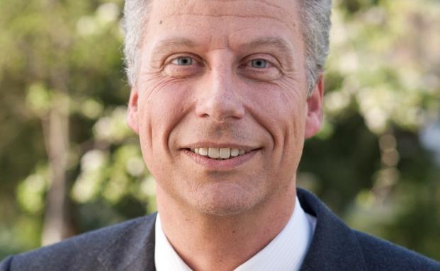 Holger Martin tritt als Private-Banking-Leiter der Sparkasse Haan die Nachfolge von Petra John an