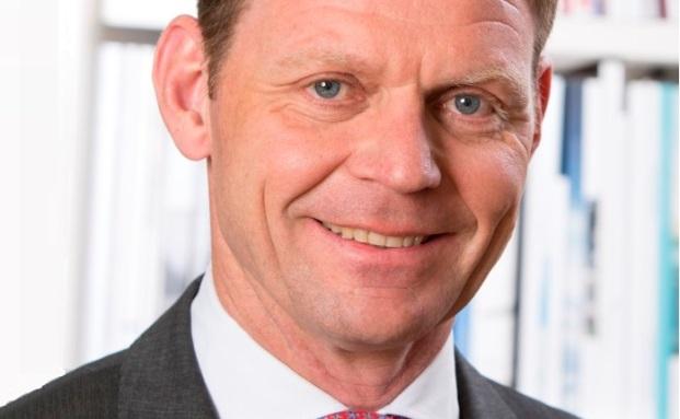 Peter Smeets ist im FPM-Vorstand für die Themen Geschäftsentwicklung, Vertrieb und Marketing zuständig