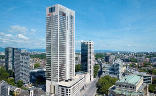 Der Opernturm in Frankfurt am Main: Hier befindet sich die Deutschlandzentrale von UBS