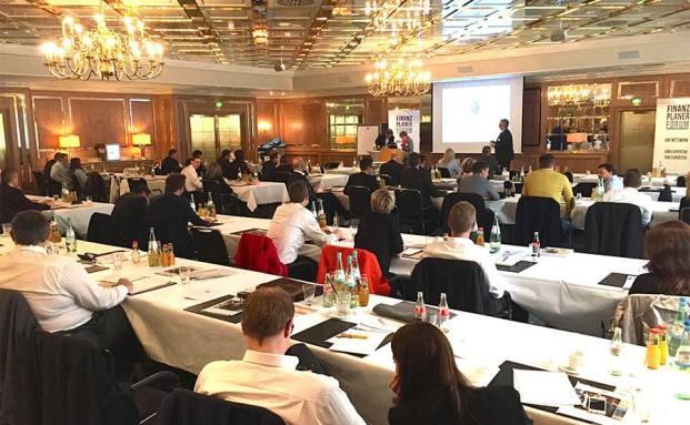 100 Finanzplaner nahmen am Finanzplaner Forum Südwest teil.|© Oliver Lepold
