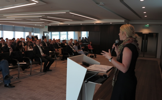 Anna Wallace, Leiterin des Innovation Hubs der Financial Conduct Authority, bildete mit ihrer Keynote den Auftakt des Forums