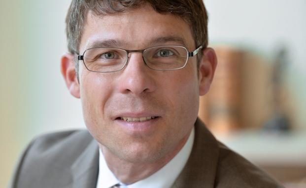 Tobias Strübing ist Rechtsanwalt und Partner bei der Kanzlei Wirth-Rechtsanwälte