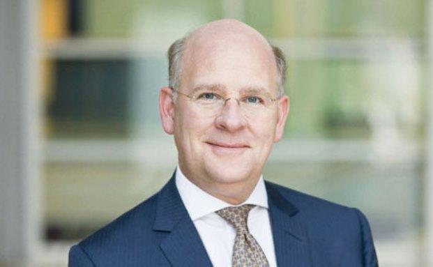 Der alte und der neue Vorstandsvorsitzende der National-Bank: Thomas Lange