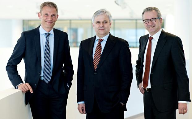 Vorstand der Augsburger Aktienbank und Netbank (v.l.): Lothar Behrens (Sprecher), Peer Teske, Joachim Maas
