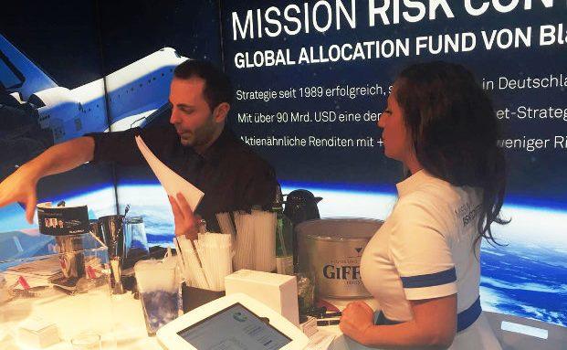 Der Messestand von Blackrock: Im Mittelpunkt steht der 1989 aufgelegte Global Allocation Fund