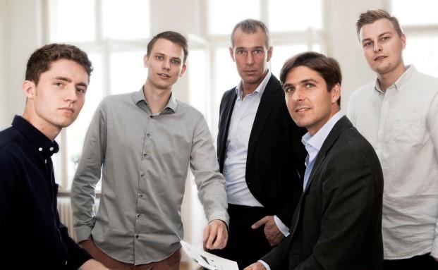 Das Gründerteam von Liqid (v.l.n.r.): Paul Becker, Arne Zeising, Christian Schneider-Sickert (Geschäftsführer), Kyros Khadjavi (GF) und Jonas Tebbe