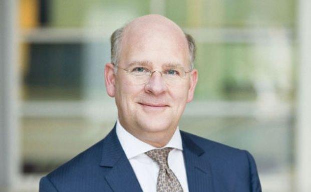 Der Vorstandsvorsitzende der National-Bank Thomas A. Lange