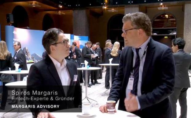 Spiros Margaris (re.) ist Gründer der Beratungsboutique Margaris Advisory und ausgewiesener Fintech-Experte