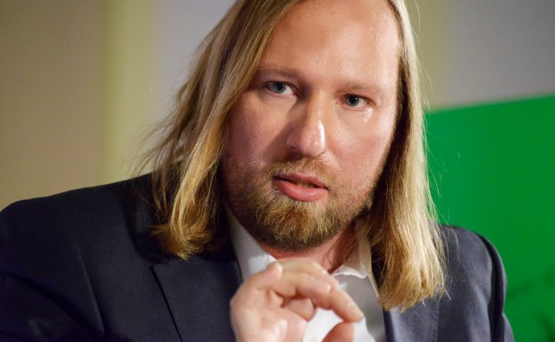 Anton Hofreiter ist für eine Vermögensteuer, will aber gleichzeitig die Mittelschicht nicht mit neuen Steuern belasten|© Stefan Kaminski