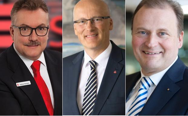Andreas Fohrmann (v.l.), Vorstandsvorsitzender Sparkasse Südholstein, Thomas Menke, Vorstandsvorsitzender Nord-Ostsee Sparkasse und Götz Bormann, Vorstandsvorsitzender Förde Sparkasse