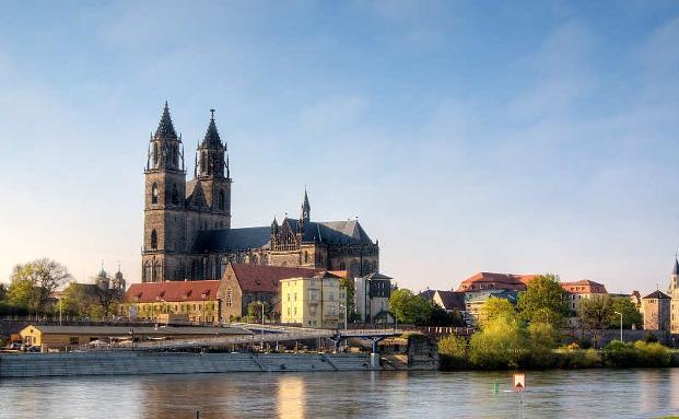 Der Spezial-AIF ZBI Wohnen Plus ist auch in Magdeburg investiert|© Carlarocaoporto/CC BY-SA 3.0/Wikimedia
