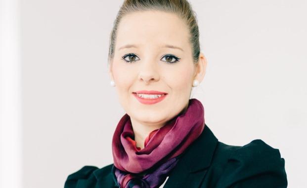 Die zertifizierte Finanzplanerin Annika Peters