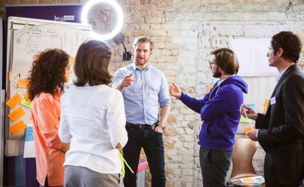 Gedankenaustausch auf der letztjährigen Digital Finance Berlin Konferenz