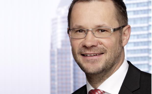 Verantwortet in der Universal-Investment-Geschäftsführung Strukturierungslösungen vor allem für alternative Anlagen: Stefan Rockel