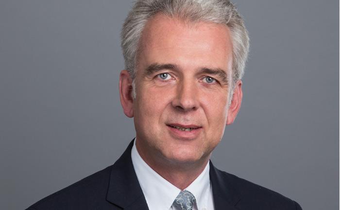 Marius Hoerner steigt zum Investmentchef des Vermögensverwalters Hinkel & Cie auf