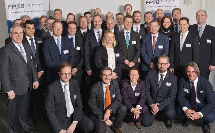 Die frischgebackenen Zertifikatsträger bei der Verleihung am 20. Januar 2017 in Frankfurt