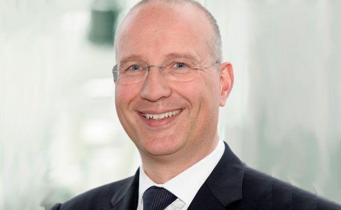 Sein Vertrag wurde nach einem Streit mit Düsseldorfs Oberbürgermeister nicht verlängert: Der ehemalige Vorstandschef der Stadtsparkasse Düsseldorf Arndt Hallmann
