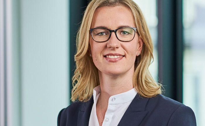 Dr. Annette Staschewski ist Rechtsanwältin und Steuerberaterin bei der Kanzlei Honert+Partner