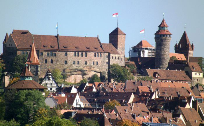 Nürnberg gilt als heimliche Hauptstadt Frankens: im Bild das Wahrzeichen der Stadt, die Kaiserburg|© Dalibri_Creative-Commons-Attribution-Share-Alike-3.0-Unported