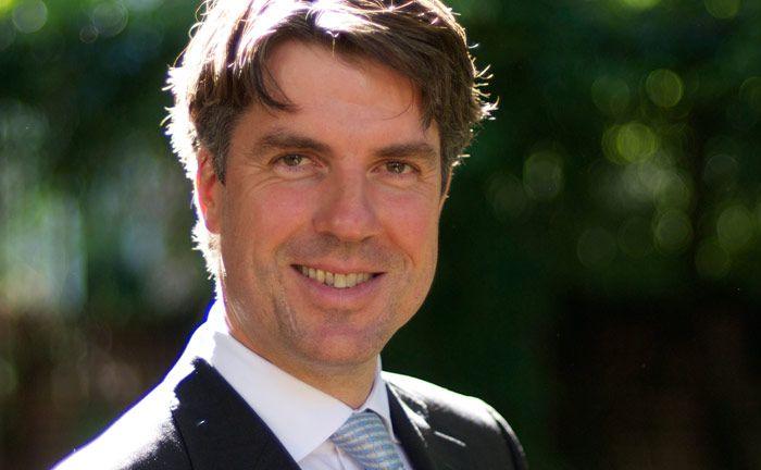 Managt zusammen mit Oliver Schnatz den europäische Aktienfonds Chom Capital Active Return Europe