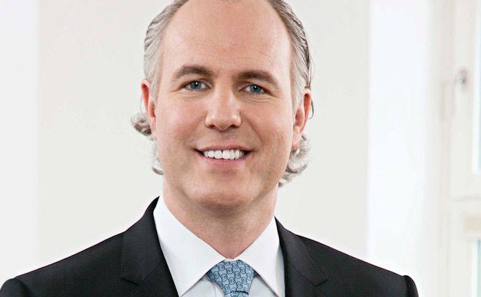 Christoph Lieber gelingt mit dem Finanzinvestor J.C. Flowers und dem Sarasin-Generalbevollmächtigten Andreas Brandt ein mittelgroßer Coup