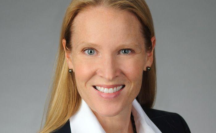 Ist Senior-Client-Portfoliomanager im Schwellenländeranleihe-Team von Invesco: Julie Salsbery