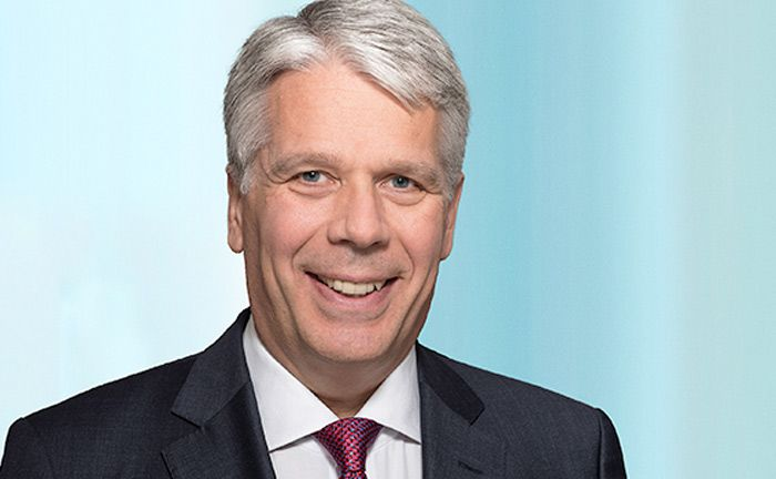 Wird Geschäftsführer des Frankfurter Financial Service Team der Personalberatung Russell Reynolds Associates: Jürgen Vanselow