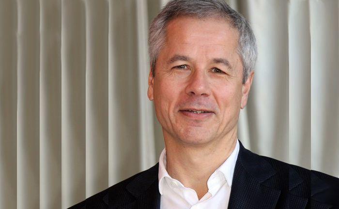 Fordert einen neuen Ansatz, um die digitale Revolution und ihre Auswirkungen zu verstehen: Benoit Flamant von Finaltis