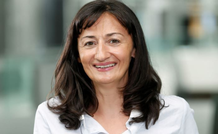 Anne Velot ist Head of Active Global and Euro Credit bei AXA Investment Managers
