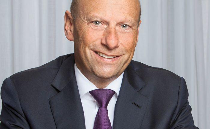 Ist Vorsitzender der Geschäftsleitung der Frankfurter Bankgesellschaft Schweiz: Holger Mai