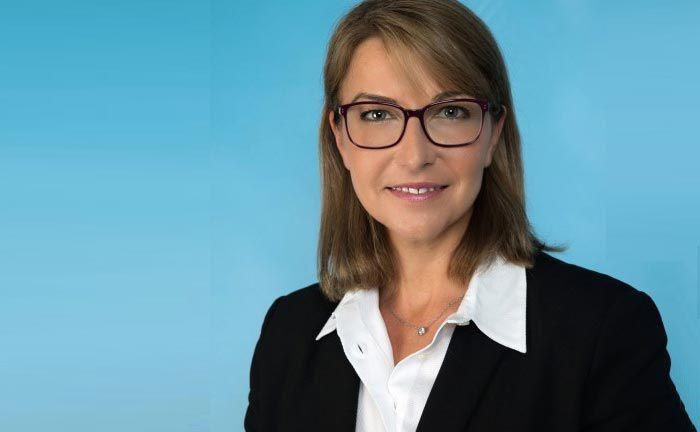 Ist bei Amundi Schweiz Leiterin Vertrieb ETF, Indizes und Smart Beta: Karin Russell-Wiederkehr